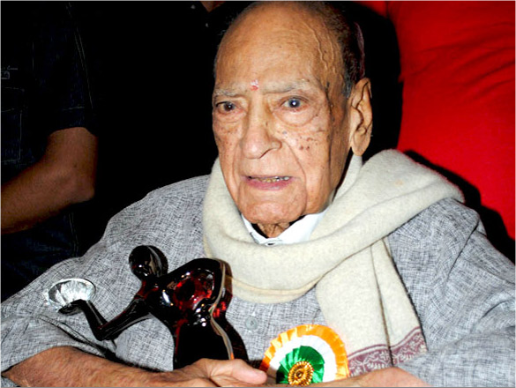 A. K. Hangal Weight, Age, Wife, Family, Wiki, Biography, Affair, Profile