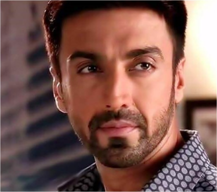 Aashish Chaudhary Weight, Age, Wife, Family, Wiki, Biography, Affair, Profile
